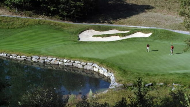 Red Tail Golf Club in Devens can be purchased for $6 million.