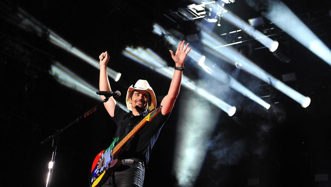 Brad Paisley will receive an exhibit at the Country Music Hall of Fame in November.