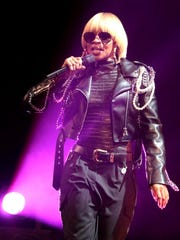 """If we have three shows back to back, you won't see Mary,"" Maxwell says of tour mate Mary J. Blige. ""She'll rest, drink her water, she's so disciplined."""