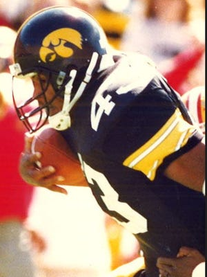Nick Bell rushed for 168 yards in the Hawkeyes' 1990 win over No. 5 Illinois.