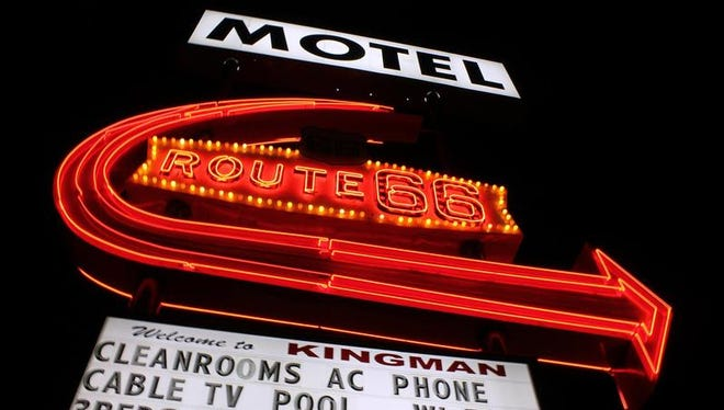 Sign for a Route 66 Motel in Kingman.