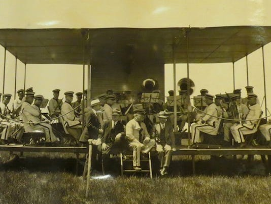 635832893076320032-Rochester-Park-Band-on-Aviation-Day-June-1-1928