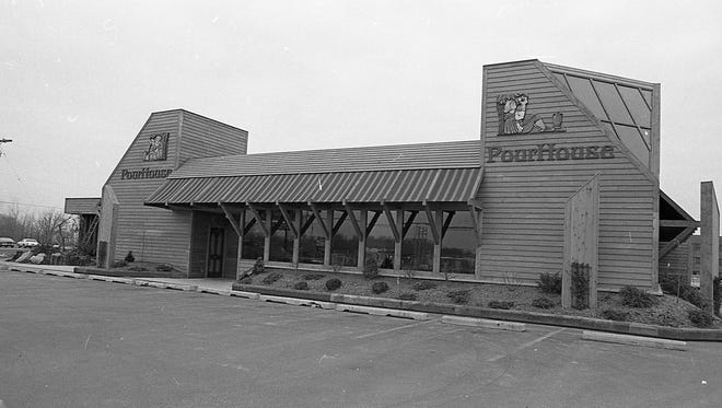 Exterior of the Pour House restaurant in April 1983.