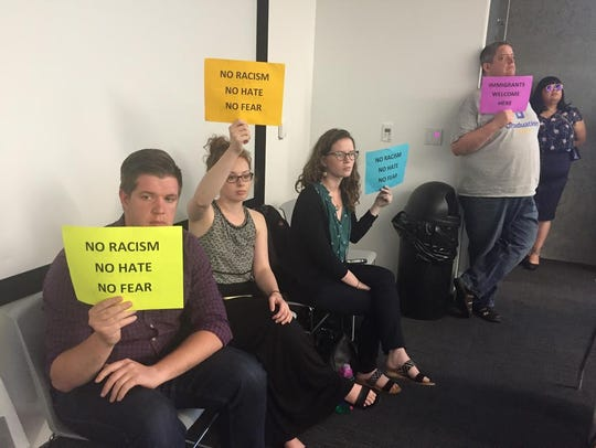 Citizens work for Welcoming City resolution at Des