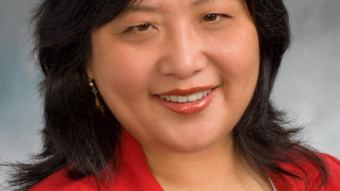 Jane Mueller earns luxury home specialist designation