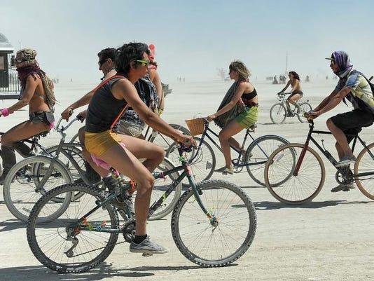 -Burning Man 2.jpg_20130830.jpg