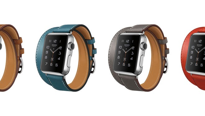 HERMES APPLE WATCH These is the Apple Watch Hermès Double Tour Watches offered in different colors. T