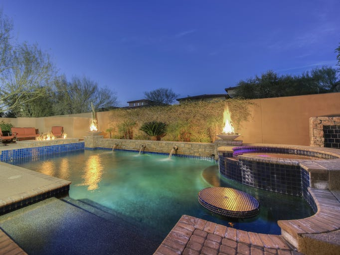 Former red sox outfielder jonny gomes selling scottsdale home for International pool and spa show 2016