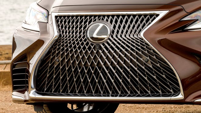 2918 Lexus LS 500