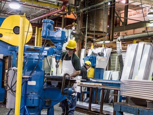 636117243421604946-aluminum-shapes-workers-in-Pennsauken-plant.jpeg