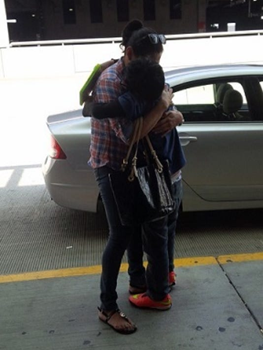 635751633892686376-Christopher-mom-reunited-2
