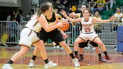 Fort Benton and Winnett-Grass Range play the consolation game of the Northern C Divisional Basketball Tournament on Friday in the Four Seasons Arena.