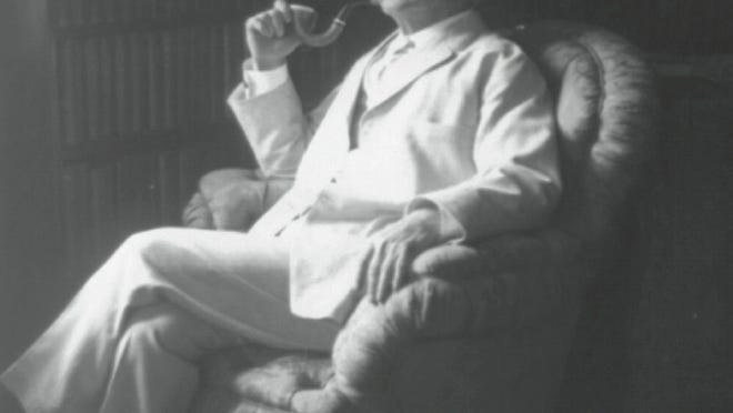 Mark Twain at Stormfield; Library of Congress. As seen in 'A Mark Twain Christmas' by Carlo Devito [Via MerlinFTP Drop]
