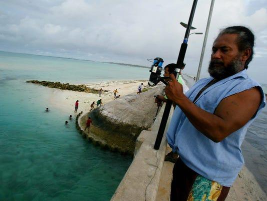 636152903872659372-Kiribati-Shark-Sanctu-Cris.jpg