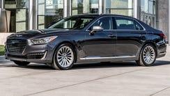 Top large premium car: Genesis G90