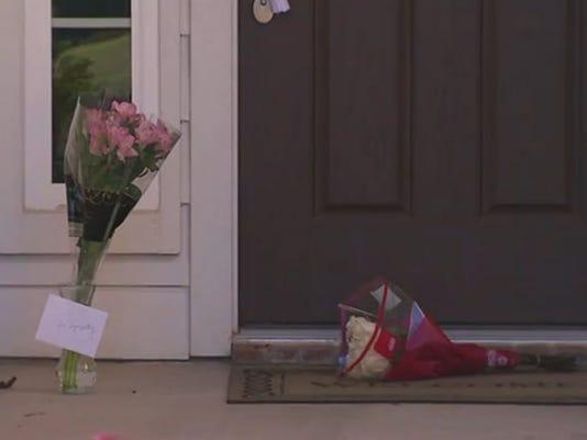 Texas man shoots girlfriend, daughters