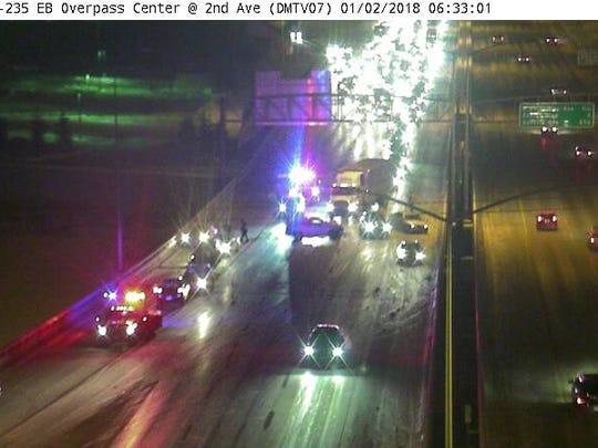 A major accident between the Des Moines River Bridge