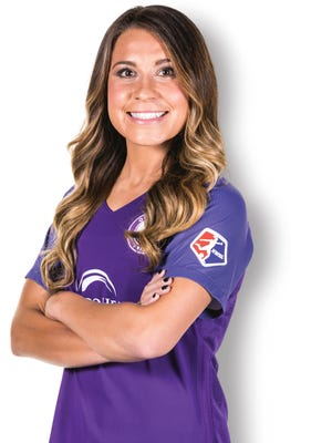 Orlando Pride midfielder Nickolette Driesse