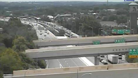 DelDOT camera shows delays on I-95 SB.