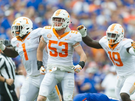 Tennessee linebacker Colton Jumper (53) reacts after