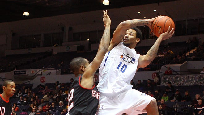 The Rochester RazorSharks take the court Sunday against the  Indianapolis Diesels.