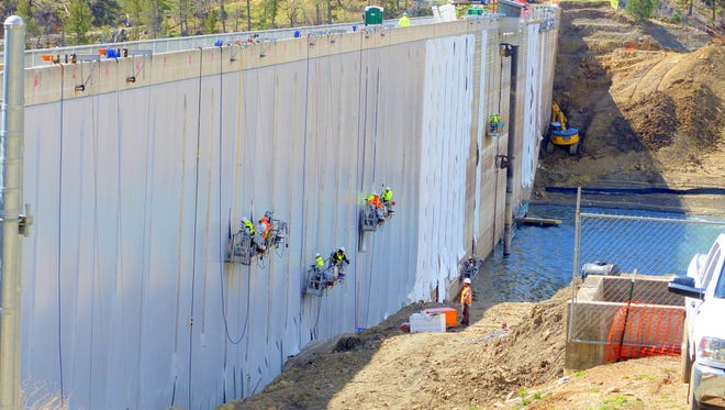CARPI USA crews secure the liner designed to reduce leakage and improve dam safety at Grindstone Reservoir.