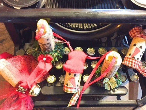 If you're like a lot of people, you have more wine corks than you know what to do with. Don't throw them out. Make these for your tree!