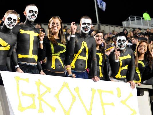 NCAA Football: North Carolina at East Carolina