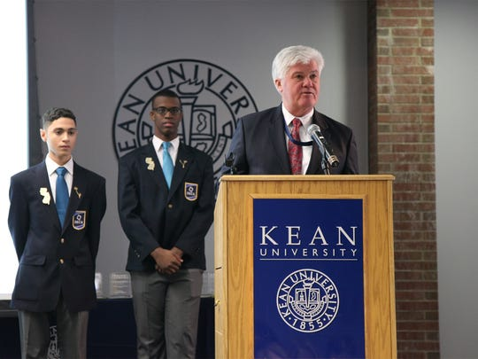 Kean University Executive Vice President for Operations Phillip Connelly addresses throngs of high school students at the New Jersey DECA Central Region Conference.