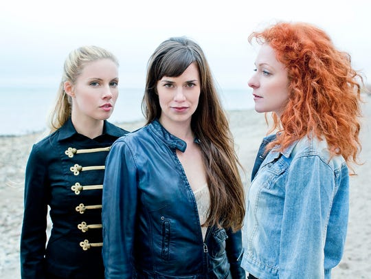 The Canadian country-folk trio Belle Starr visits Stowe