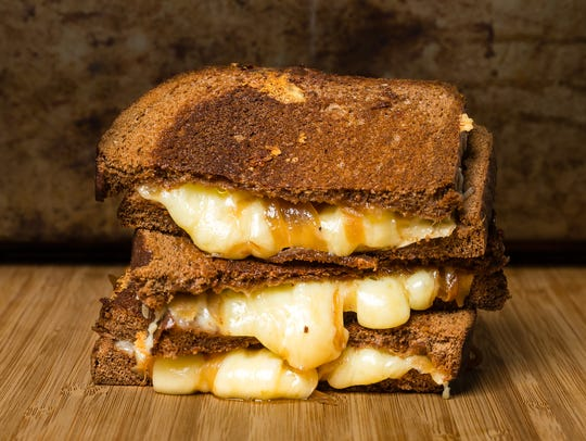 On National Grilled Cheese Day: Which is better for frying grilled cheese, butter or mayo?