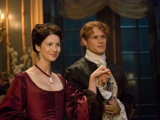 Claire (Caitriona Balfe) and Jamie (Sam Heughan) take