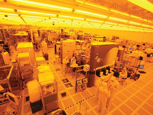 SUNY Poly clean room