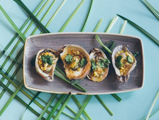 9-El-CHe-Bar-Oysters.jpg