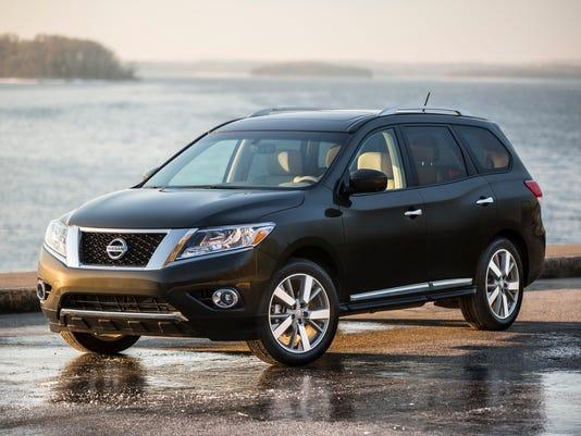636181720330419718-2016-Nissan-Pathfinder-SUV.jpg
