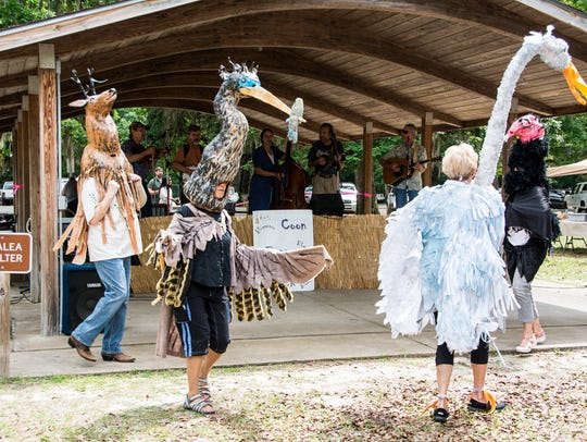 """Wildlife """"puppets"""" are featured at the Wakulla Wildlife"""