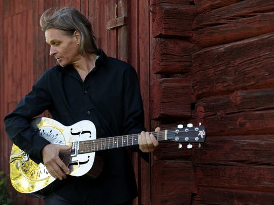 Robert Lighthouse plays the blues Wednesday at ArtsRiot.