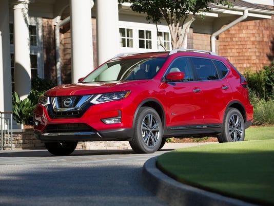 636330362822231828-2017-Nissan-Rogue-hybrid-crossover.jpg