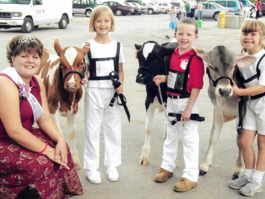 2004 Fairest of the Fair Joseta Halbur poses with 4-H