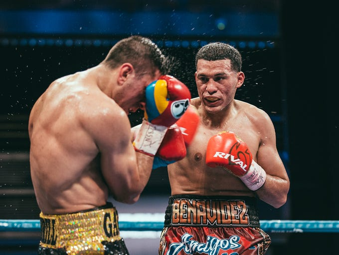 David Benavidez and Ronald Gavril in a super middleweight