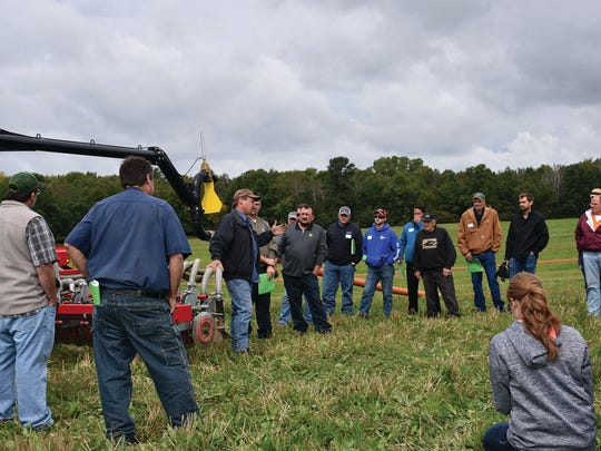 Participants at the farm network fiedl day viewed multiple low-disturbance manure applications with different equipment provided by Ducat Farms Custom Work, Buttles Custom Ag, LLC and Eisentraut Ag Services.