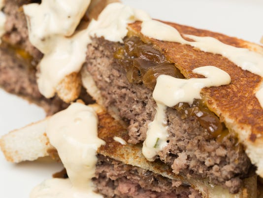 636421990717105413-Cooking-With-Caitlin-patty-melt-3.jpg