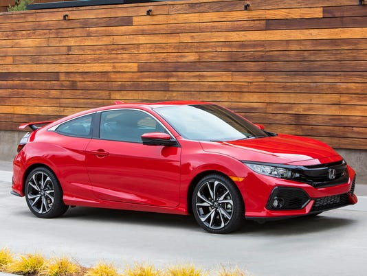 636451463646546106-2017-Honda-Civic-Si-Coupe.JPG