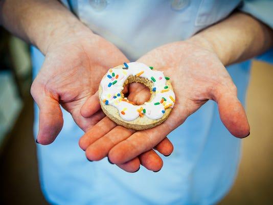 636504993586471387-Donut-1-by-Crystal-Hill.jpg