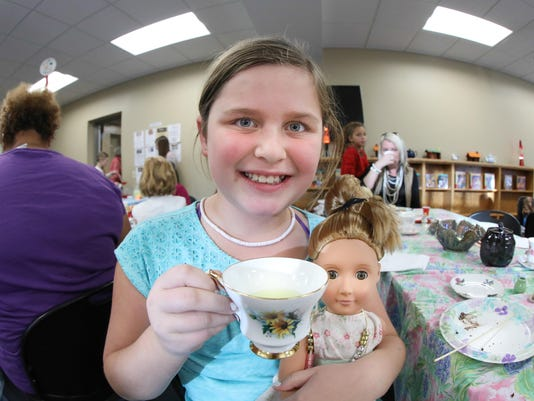 -American Girl Tea Party Milton Library 004.jpg_20161123.jpg