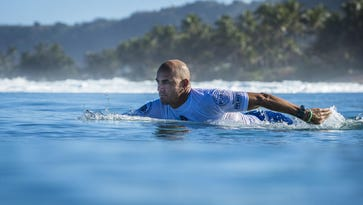 Surfer Kelly Slater to appear in Super Bowl commercial for Michelob Ultra