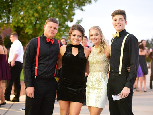 636436170877546080-YDR-JDL-101417-DV-Homecoming-013.JPG