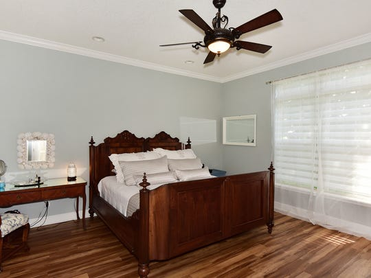 1076 Old Trail, the spacious master bedroom.