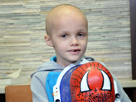 Radiation therapist helps kids be brave in tough times