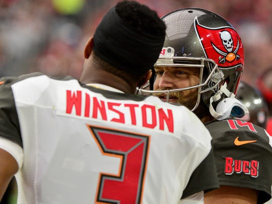 Jameis Winston suffered a throwing shoulder injury